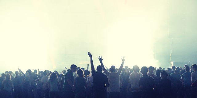 キンプリデビューコンサートの制作開放席はある?いつ頃どうやって申し込むのか