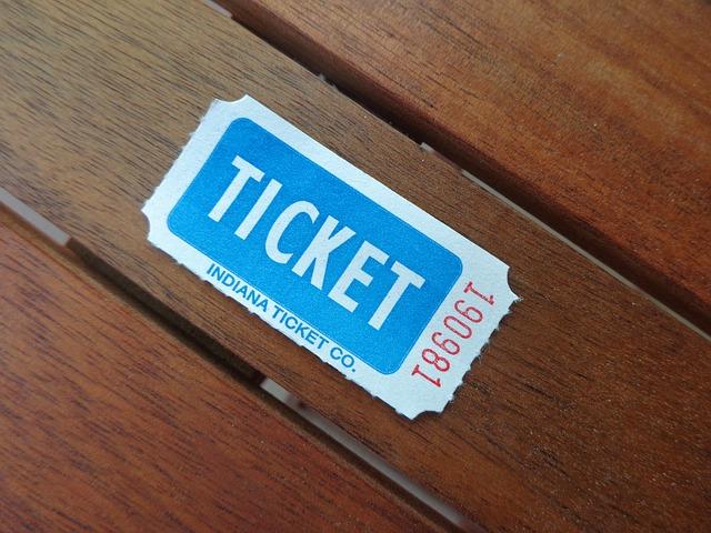 ジャニーズチケットを取る裏技やコツは?年会費無料で狙えるカード枠はどのカードが一番??