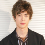 宮沢氷魚のペットや家族について!出演ドラマと映画の見逃し配信もチェック!